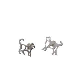 Cat mismatched earrings